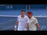 Великолепный удар Роджера Федерера на турнире в Брисбене.