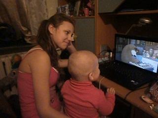 вот как мы смотрим машу и медведь ))))))